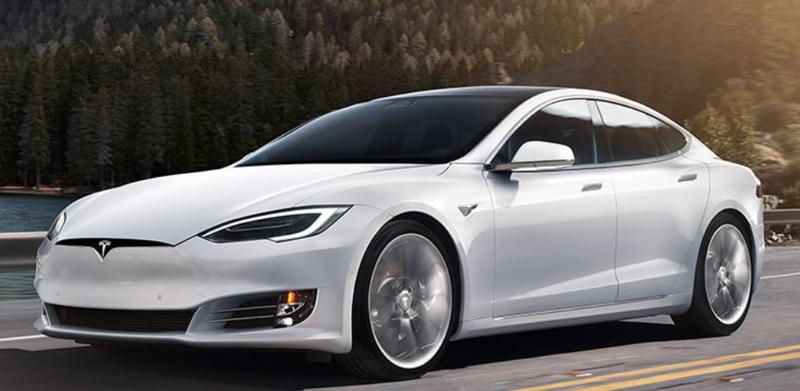 Tesla : l'intérêt de la caméra intérieure