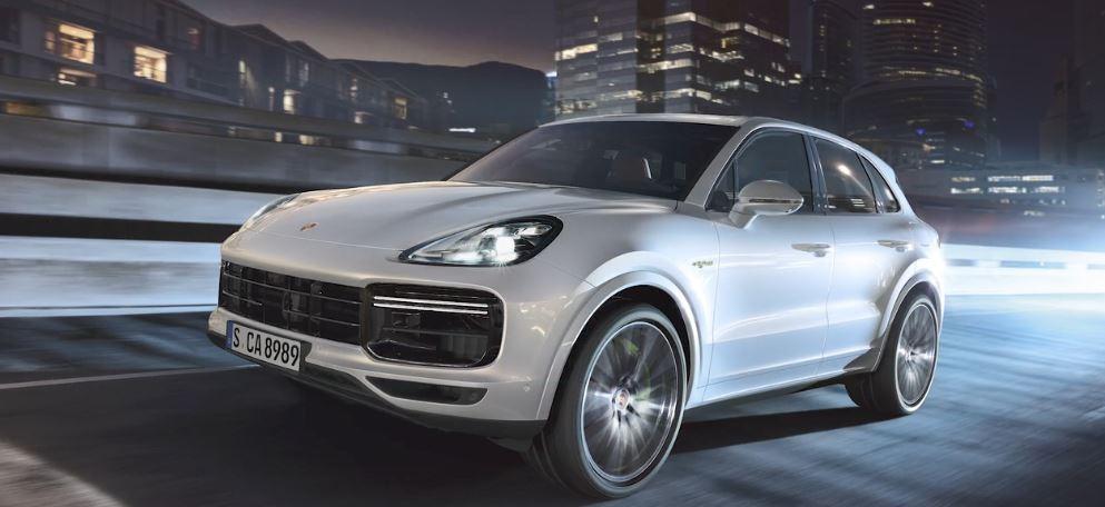 Porsche Cayenne GTS : laissez-vous tenter par le nouveau V8 biturbo