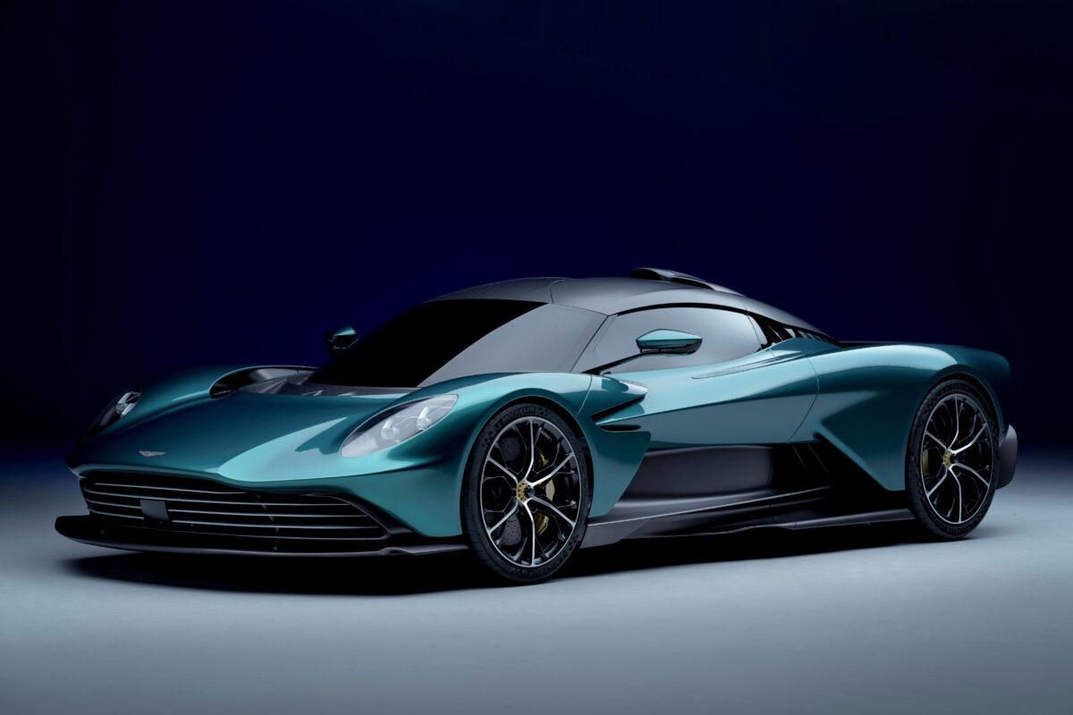 Aston Martin Valhalla, une supercar hybride rechargeable